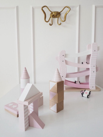 Imagine Set masinute cu accesorii si sine, Roz