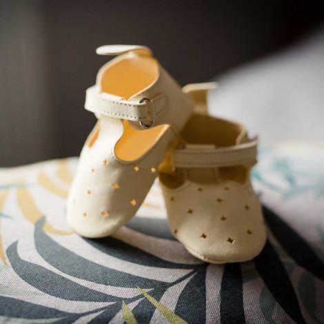 Moonie's - Papucei de piele pentru bebelusi Roz pal F5